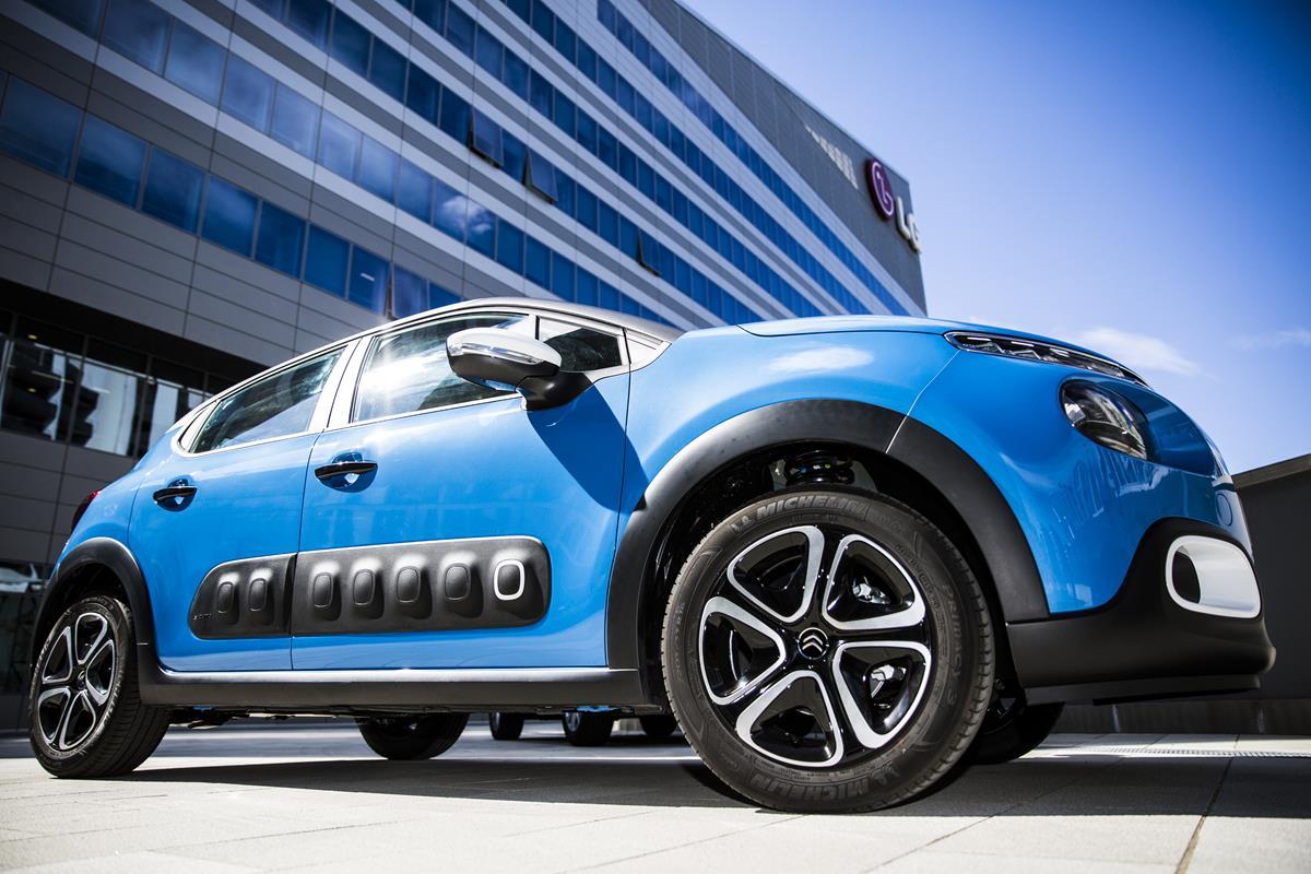 Nuova Citroën C3 Facebook - Only limited edition - image 021999-000204868 on https://motori.net