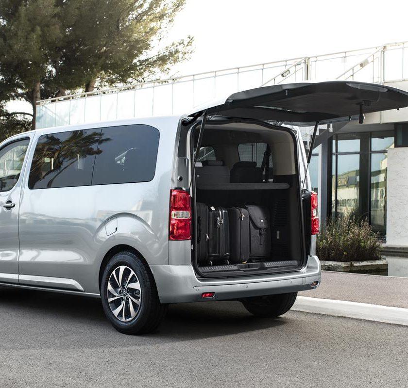 Ford Transit Connect: ancora più efficienza e tecnologia - image 022025-000205105-840x800 on https://motori.net