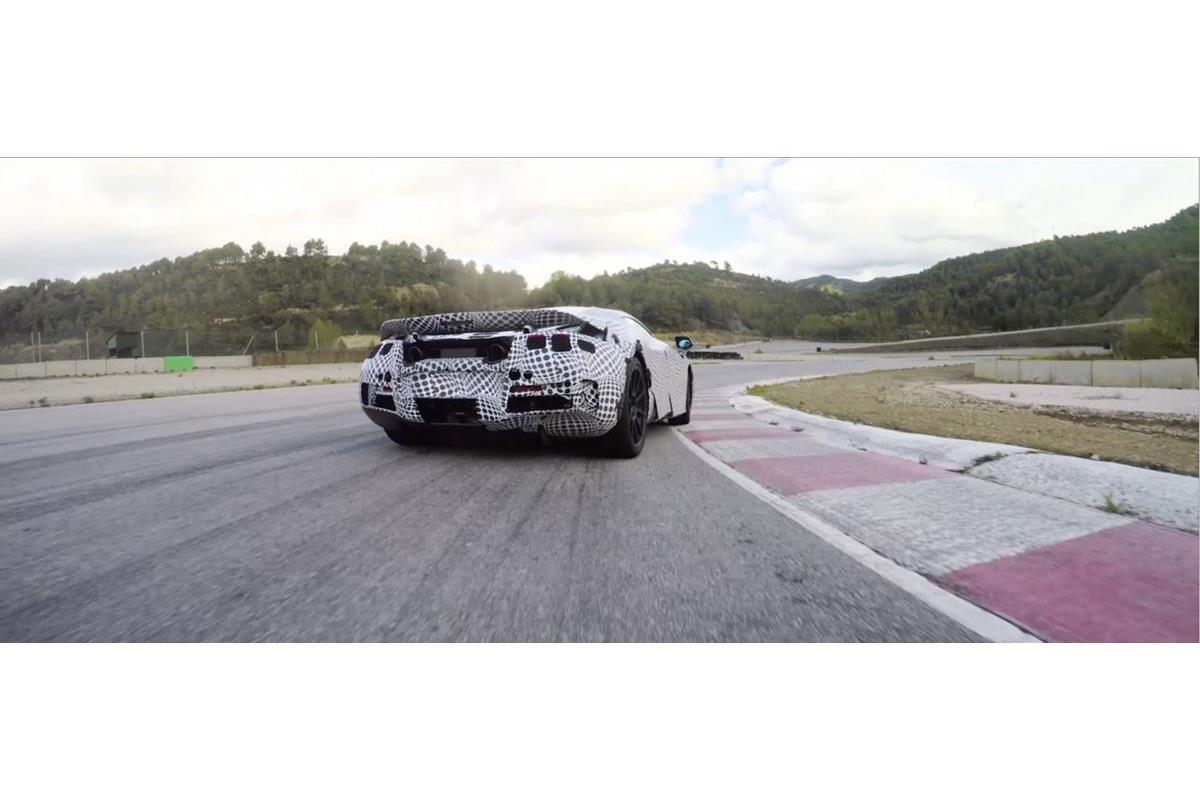 La seconda-generazione McLaren Super Series grande attrazione del salone - image 022267-000206281 on https://motori.net
