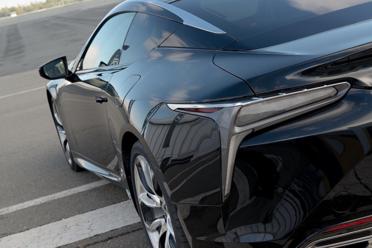 La prima coupè ibrida di Lexus: nuova LC Hybrid - image 022304-000206408 on https://motori.net