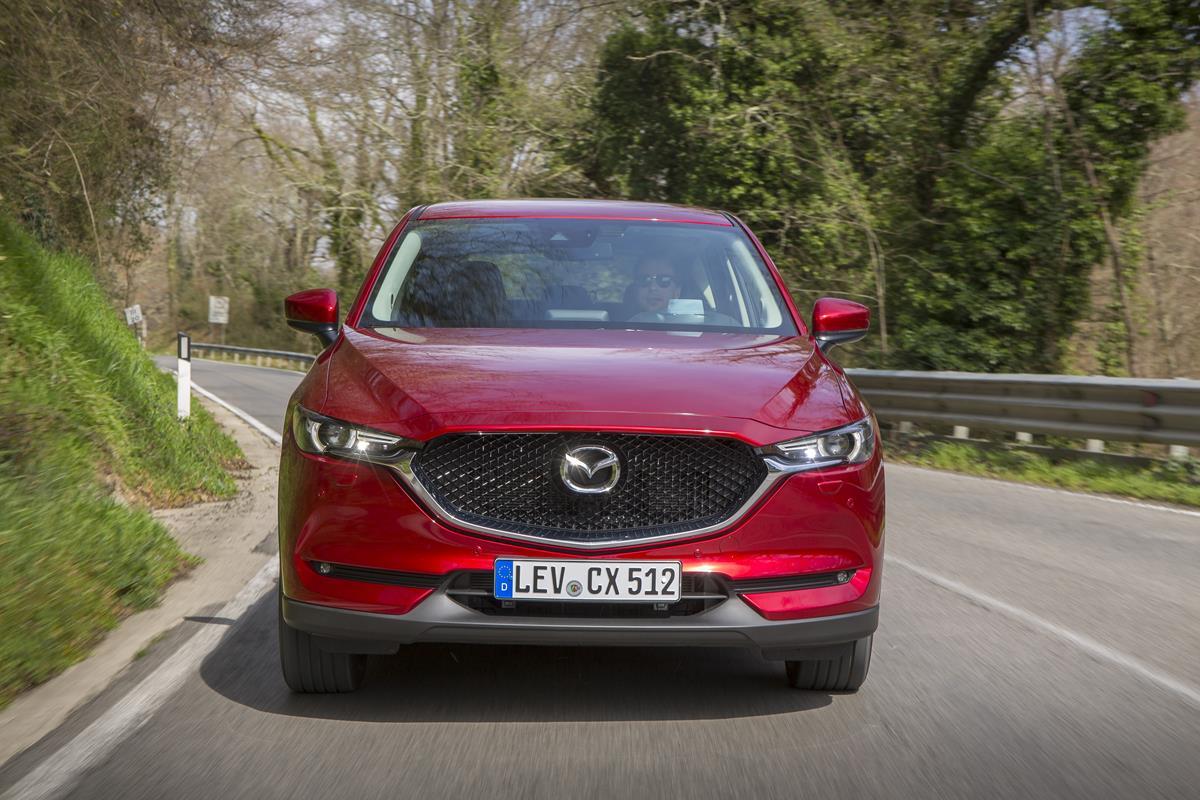 Nuovo Mazda CX-5: design dinamico, prestazioni brillanti e coinvolgenti - image 022310-000206466 on https://motori.net