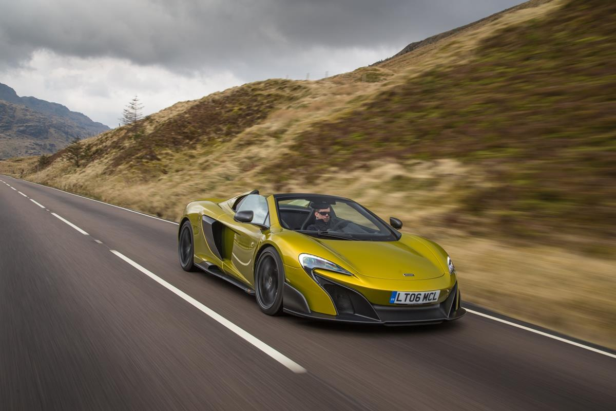 Rob Melville nominato Design Director di McLaren Automotive - image 022451-000207443 on https://motori.net