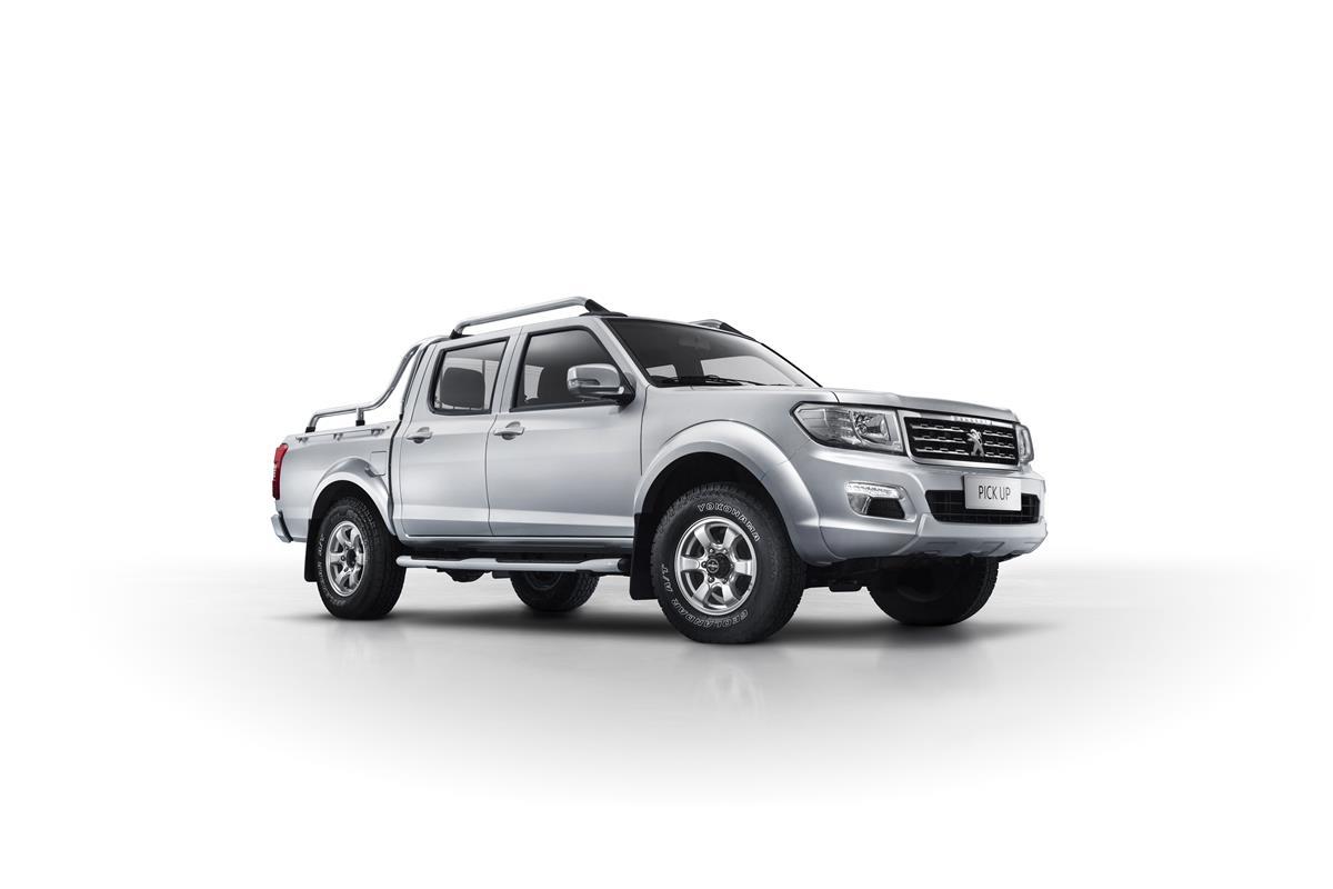 Pneumatici Toyo Tires per il nuovo Mahindra XUV500 W10 - image 022489-000207675 on https://motori.net