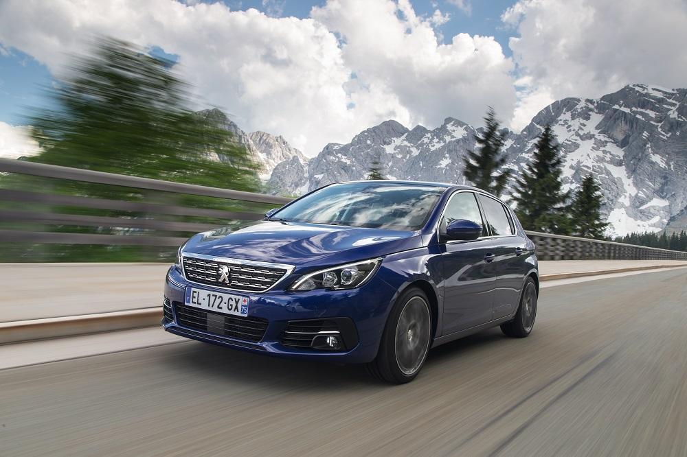 Nel 2022 il pulmino Volkswagen tornerà in strada: nuovo, elettrico e con guida automatica - image PEUGEOT_308_TestDrive_07-modificata on https://motori.net