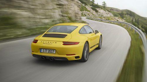La nuova Porsche 911 Carrera T - image P17_0892_a5_rgb-500x280 on https://motori.net