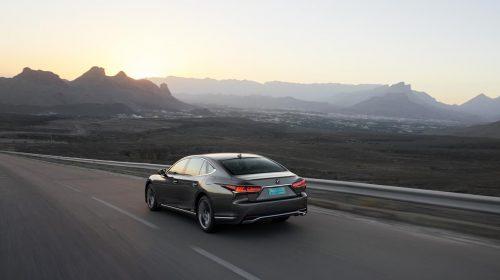 Lexus presenta la nuova LS Hybrid - image 127-lexus-ls500h-manganese-dynamic-500x280 on https://motori.net