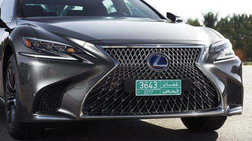 Lexus presenta la nuova LS Hybrid - image 306-lexus-ls500h-manganese-detail-500x280 on https://motori.net