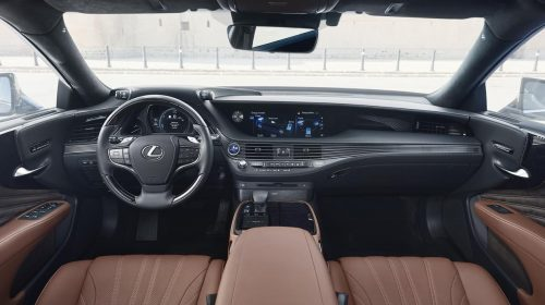 Lexus presenta la nuova LS Hybrid - image 314-lexus-ls500h-manganese-detail-500x280 on https://motori.net