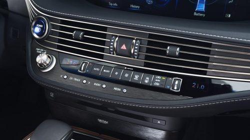 Lexus presenta la nuova LS Hybrid - image 319-lexus-ls500h-manganese-detail-500x280 on https://motori.net