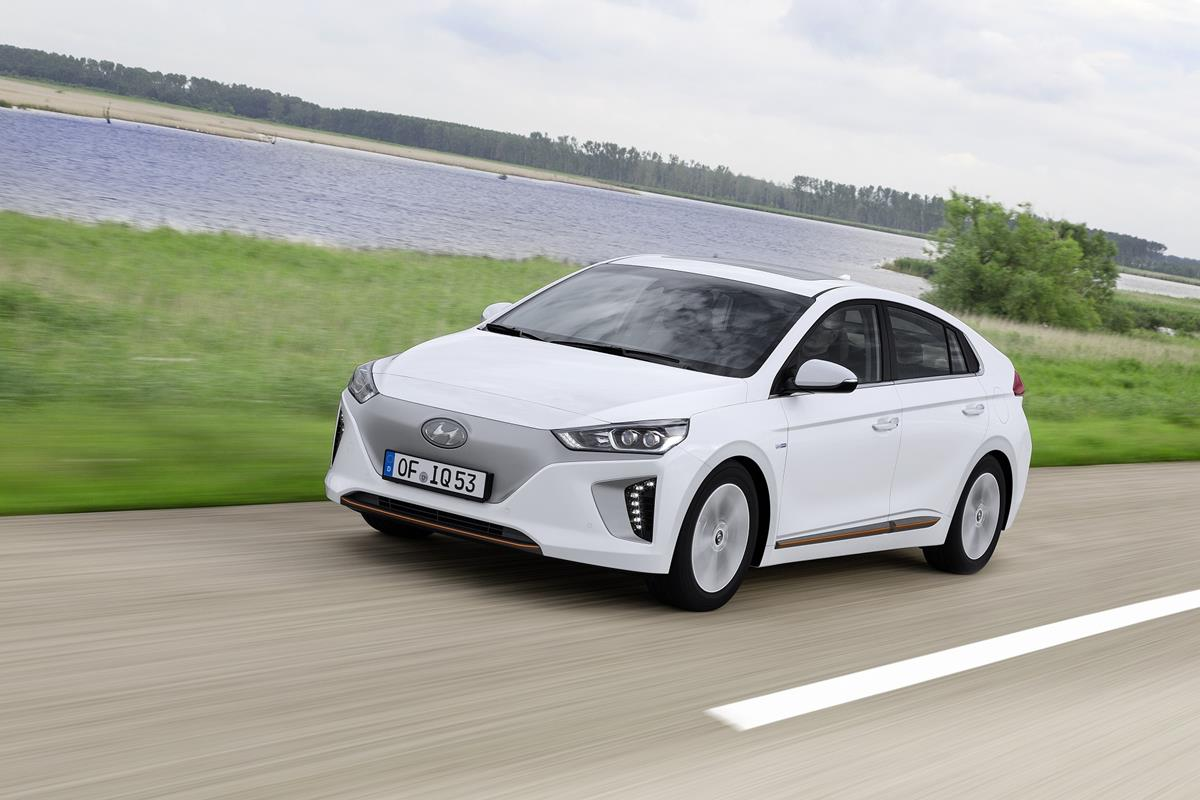 Da Madrid a Roma il più grande salone dell'auto usata - image Hyundai_IONIQ_Electric_2 on https://motori.net