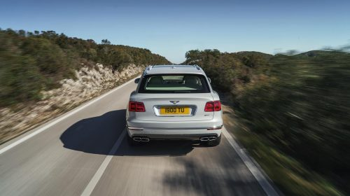 La quiete dopo la tecnologia: Bentley Bentayga Hybrid - image Bentley-Bentayga-Hybrid-04-500x280 on https://motori.net