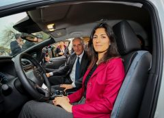 Jaguar presenta la nuova I-Type 3 - image 426225128_Nissan-la-nuova-LEAF-e-il-van-e-N-240x172 on https://motori.net
