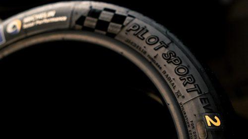 Quattro stagioni sempre al massimo - image Pilot-Sport-EV2-500x280 on https://motori.net