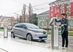 3 milioni di auto vendute e 158 miliardi di chilometri garantiti 7 anni - image Renault_44948_it_it-240x172 on https://motori.net