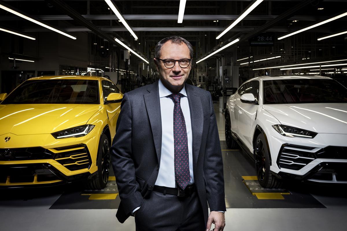 Lamborghini torna a Roma - image Stefano-Domenicali-Urus_4 on https://motori.net