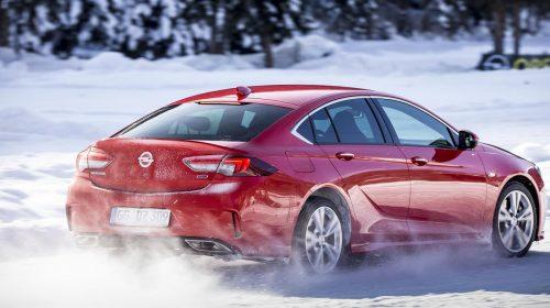 Opel Insignia: specialista in trazione - image Opel-Insignia-GSi-505936-500x280 on https://motori.net
