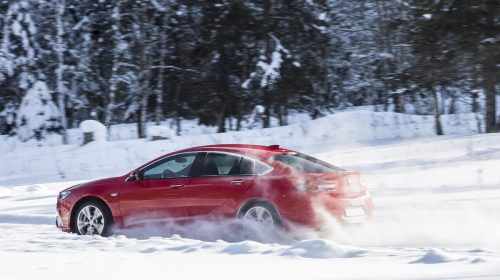 Opel Insignia: specialista in trazione - image Opel-Insignia-GSi-505941-500x280 on https://motori.net