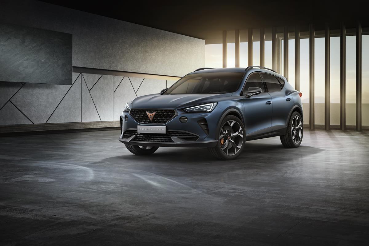 Nuova Jaguar XE: berlina compatta, guida sportiva - image CUPRA-Formentor on https://motori.net