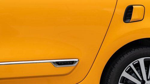 Agile, cool, connessa: ecco la nuova Renault Twingo - image 21226986_CS_-_Nuova_TWINGO_La_streetcar_innovativa_e_connessa_che_d_colore_e-500x280 on https://motori.net