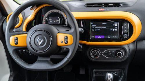Agile, cool, connessa: ecco la nuova Renault Twingo - image 21227015_CS_-_Nuova_TWINGO_La_streetcar_innovativa_e_connessa_che_d_colore_e-500x280 on https://motori.net