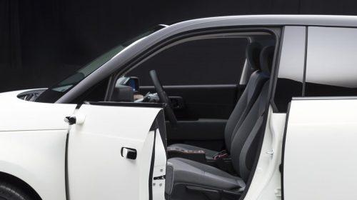 Retrovisori laterali digitali di serie su Honda E - image honda-e-side-camera-mirror-system-3-500x280 on https://motori.net