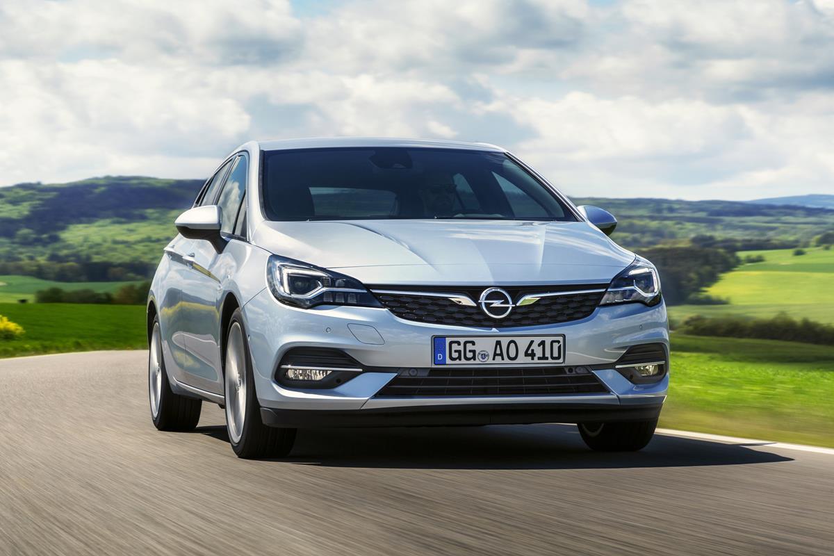 Con Leasys per un'estate da Jeep - image Opel-Astra-507802 on https://motori.net
