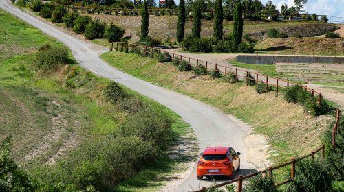 Molto più nuova di quanto appare a prima vista - image 21231795_Cs_-_Nuova_Renault_CLIO_The_best_Clio_ever-500x280 on https://motori.net