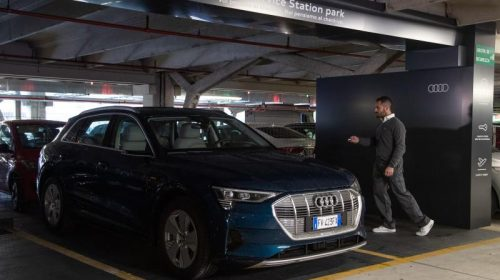Audi Service Station: la manutenzione non è mai stata così semplice - image Audi-Service-Station_009-500x280 on https://motori.net