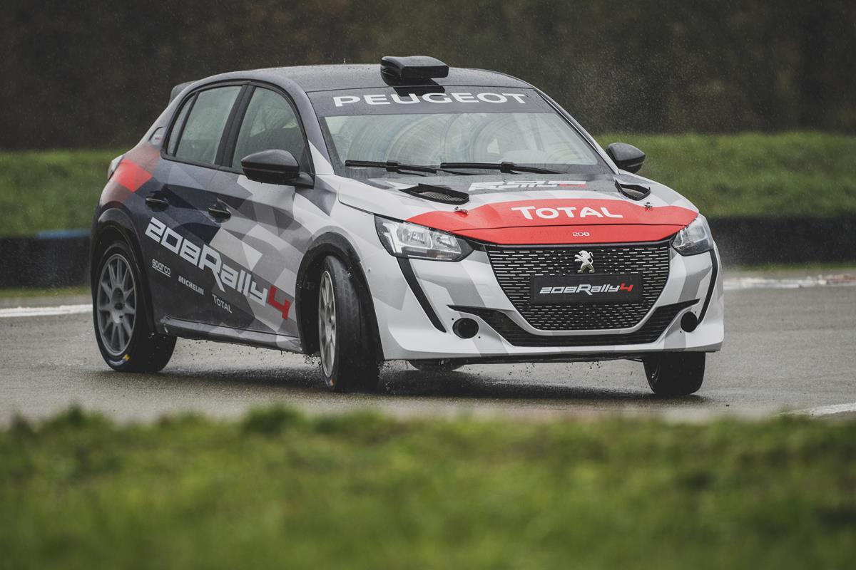 In arrivo a Gennaio la nuova Peugeot 208 Rally 4 - image PEUGEOT-SPORT-TOGLIE-IL-VELO-ALLA-NUOVA-208-RALLY-4-1 on https://motori.net