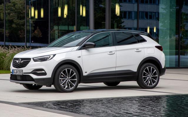 Opel Grandland X Hybrid Plug-in anche con trazione anteriore - image Opel-Grandland-X-PHEV on https://motori.net