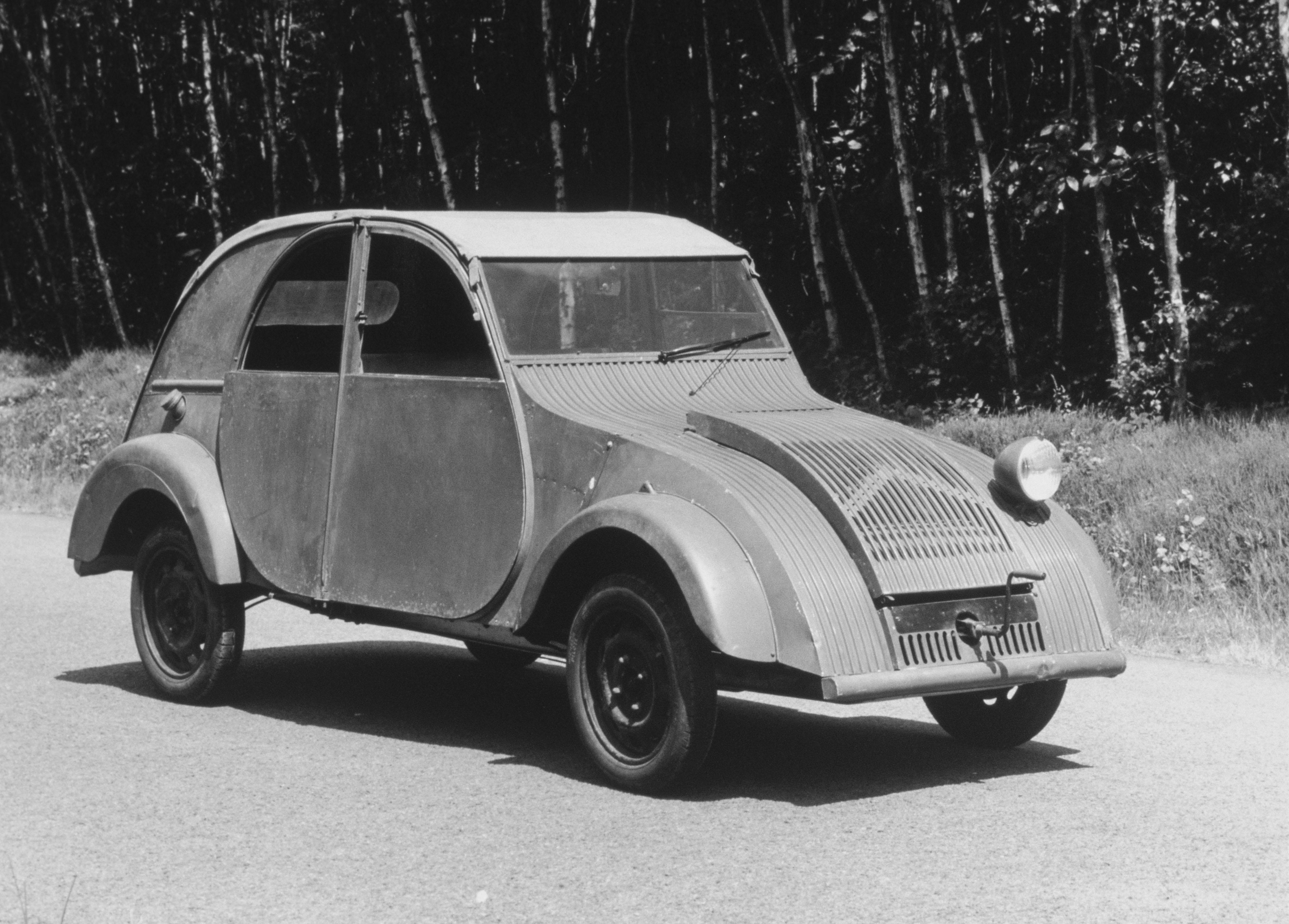 Opel Grandland X Hybrid Plug-in anche con trazione anteriore - image Prototipo-TPV-del-1939-foto-2 on https://motori.net