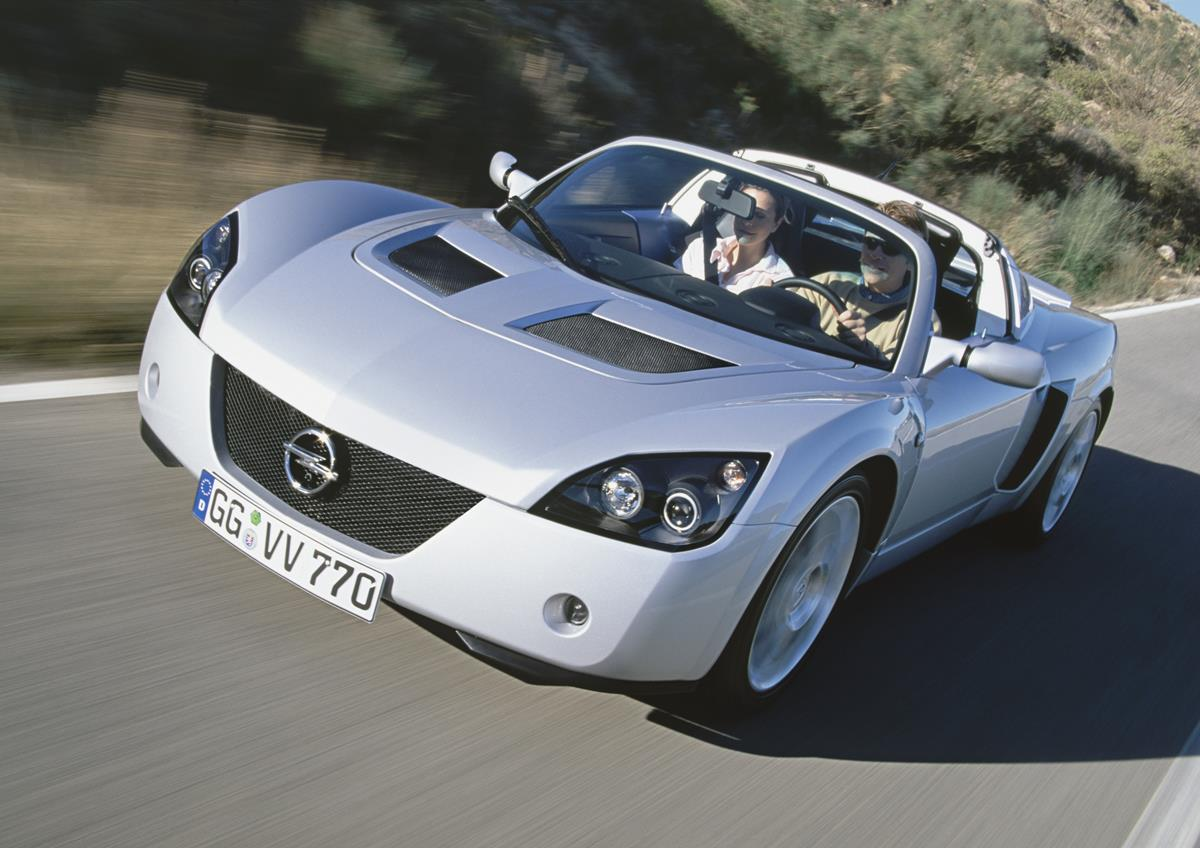Captur si rinnova... e attende l'ibrido - image Speedster-Turbo-1 on https://motori.net