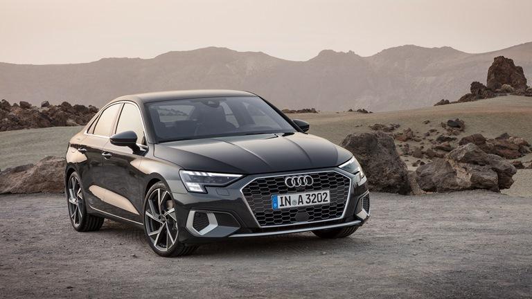 Toyota Yaris si veste da SUV - image Audi-A3-Sedan-1 on https://motori.net