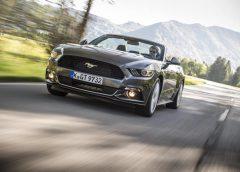 """L'automobile oltre il Covid-19: cresceranno le vendite """"a distanza""""? - image Ford-Mustang_Convertible-240x172 on https://motori.net"""