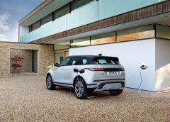 """L'automobile oltre il Covid-19: il futuro è dell''autosalone digitale""""? - image Range-Rover-Evoque-PHEV-240x172 on https://motori.net"""