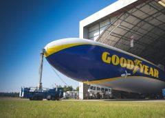 Pronti per riaccendere i motori della passione… - image dirigibile-Goodyear-240x172 on https://motori.net