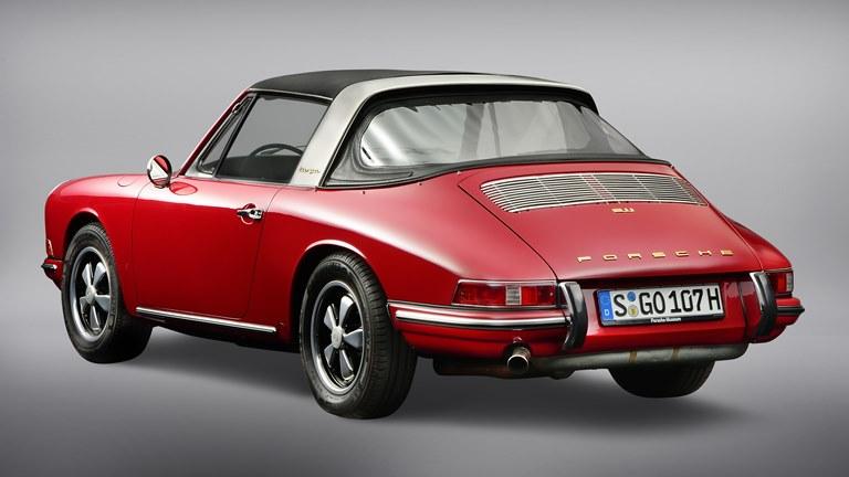 110 chilometri d'autonomia in 10 minuti di ricarica - image 1967-Porsche-911-2_0-Targa on https://motori.net