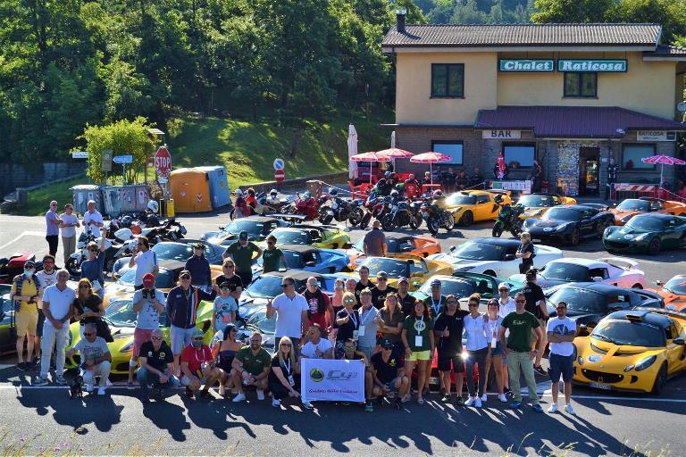 BMW Italia ad Ecomondo 2015 - image Club-Lotus-Italia- on https://motori.net