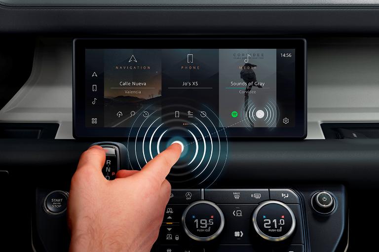 Nuova generazione di gruppi ottici Audi con tecnologia OLED - image Predictive-Touch on https://motori.net