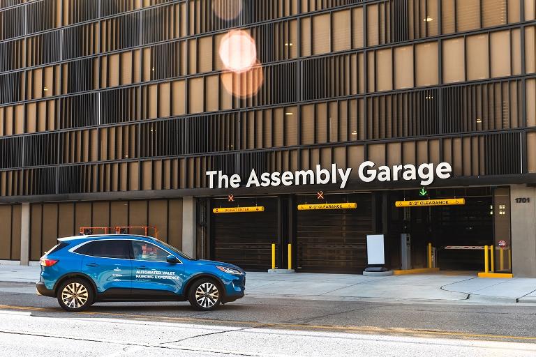 Record di autonomia: una VW ID.3 da Zwickau alla Svizzera con una sola carica - image automatedvaletparking-ford-bedrock-bosch-1 on https://motori.net