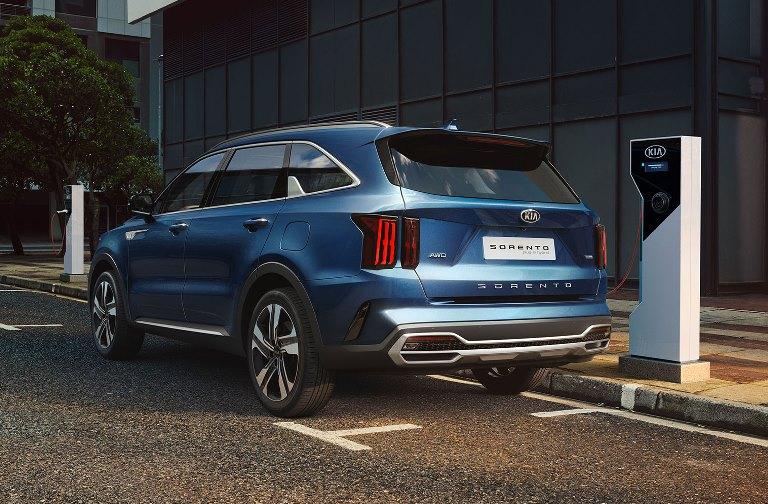 Tecnologia Bridgestone ENLITEN per la nuova Golf 8 - image Kia-Sorento-PHEV on https://motori.net