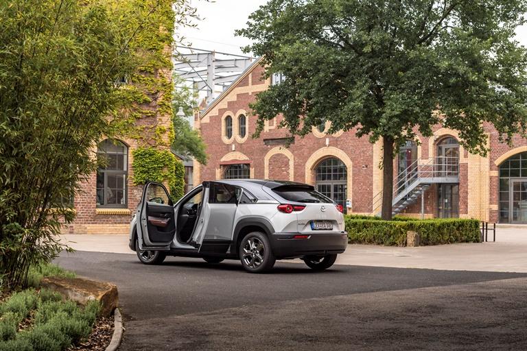 Il primo e-SUV di Volkswagen - image Mazda-MX-30 on https://motori.net