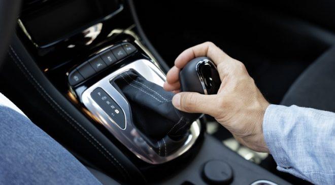 Astra trasmissione continua - image 03-Opel-Astra-660x365 on https://motori.net