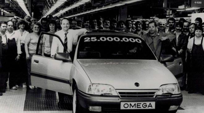 Ammiraglie Opel - image 1989-25-milioni-Opel-660x365 on https://motori.net