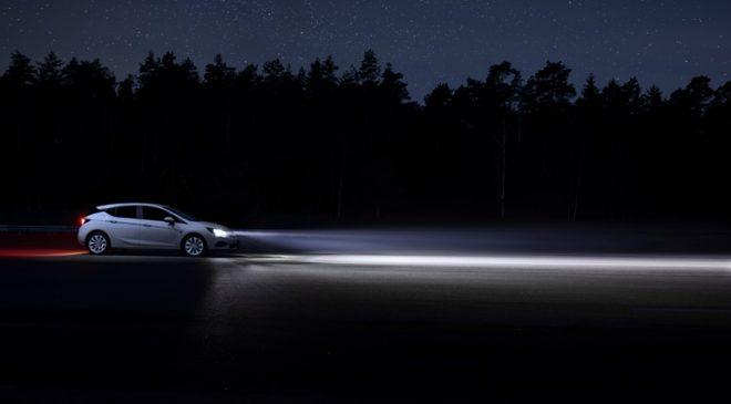 Fari IntelliLux - image 2-Opel-Astra-K-506013_0-660x365 on https://motori.net