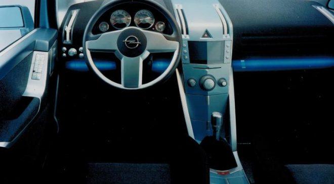 Opel Zafira Snowtrekker - image 2000-Opel-Zafira-Snowtrekker-3-660x365 on https://motori.net