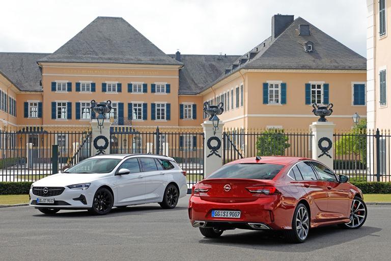 10 anni di Kodo Design - image Opel-Insignia-GSi-Opel-Insignia-Sports-Tourer-512456 on https://motori.net