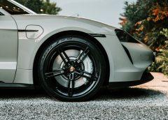 Una finestra sull'innovazione dell'auto - image Pirelli_Tycan-240x172 on https://motori.net