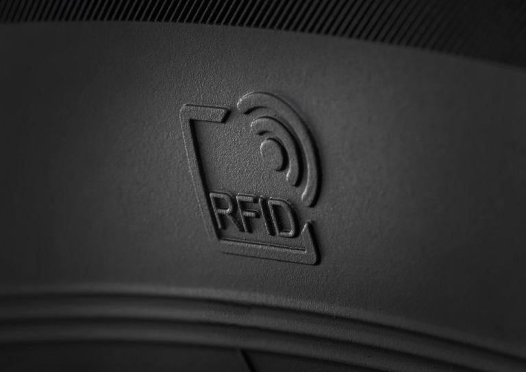Ora le Porsche si acquistano online - image RFID_EcoContact_6_zoom on https://motori.net