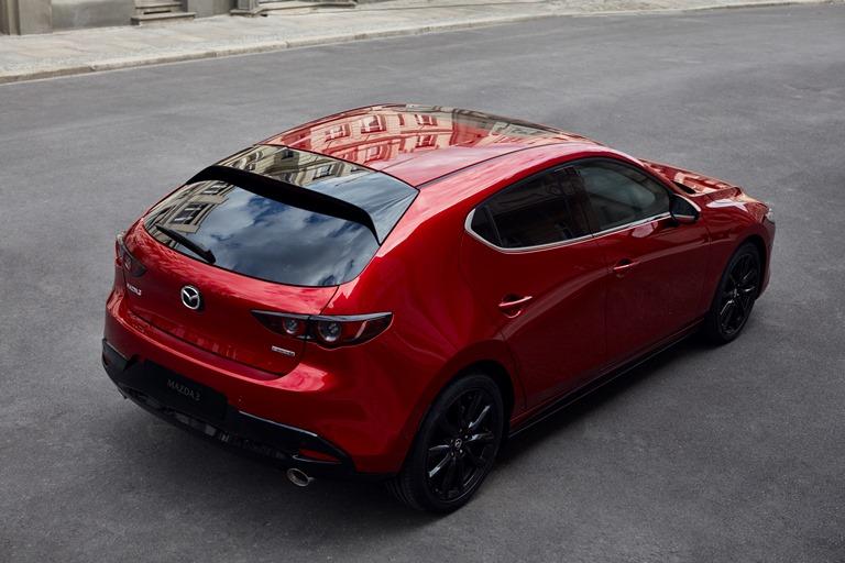 Ora Bentayga è anche Hybrid - image 2021-Mazda3 on https://motori.net